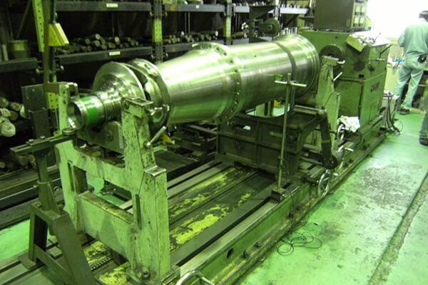 遠心分離機(デカンター)整備の実績:動バランス修正整備に関する画像