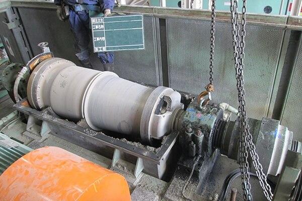 遠心分離機(デカンター)整備の実績:遠心分離機現地施工に関する画像