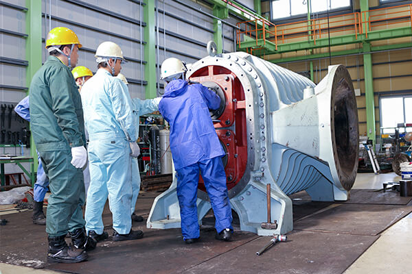 ルーツブロワ整備の実績:大型ルーツブロワ整備に関する画像
